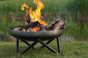 Feuerschale Edelstahl: rostfrei und widerstandsfähig zugleich